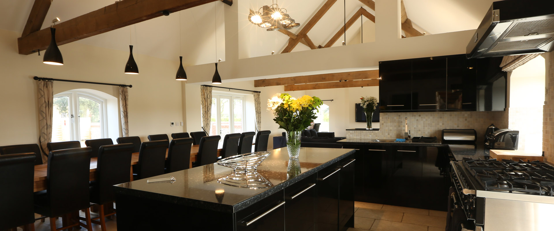 The Barn - Kitchen and Dining Area